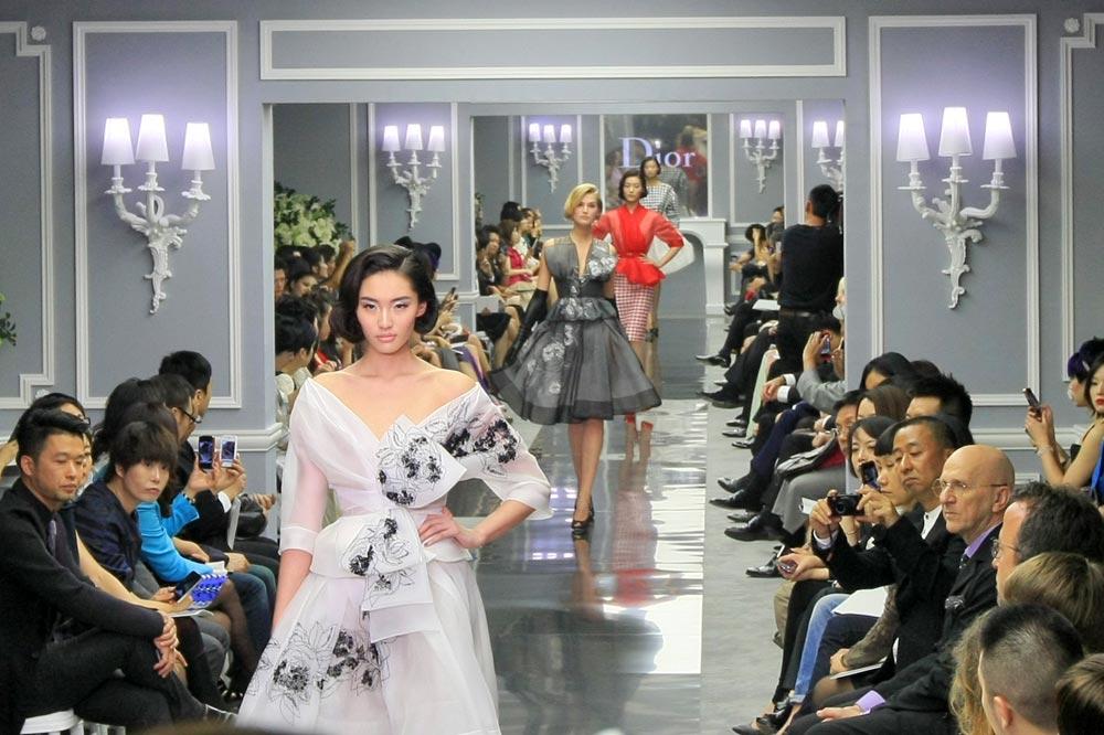 2012-04-14-dior-haute-couture-18